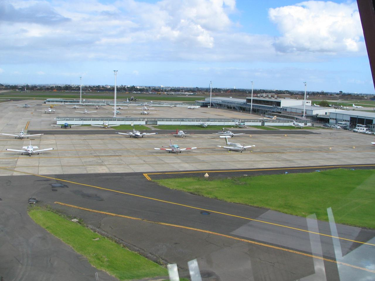 Real procedures at Essendon Airport | Steve's Blog